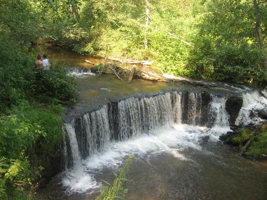 Водопад на Белой (близ деревни Новоселицы)